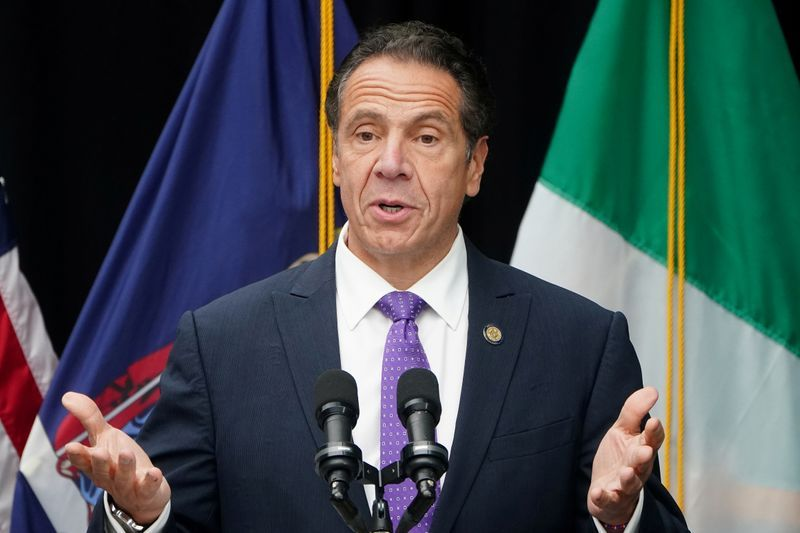 New York governor discourages nonessential travel from New Jersey, Connecticut