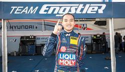 A broken gearbox foils Mitchell's comeback
