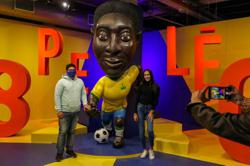 Approaching 80, Pele gives thanks for his lucid mental state