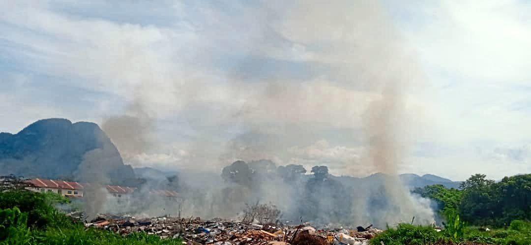 Open burning in close proximity to Ipoh residential spot raises ire