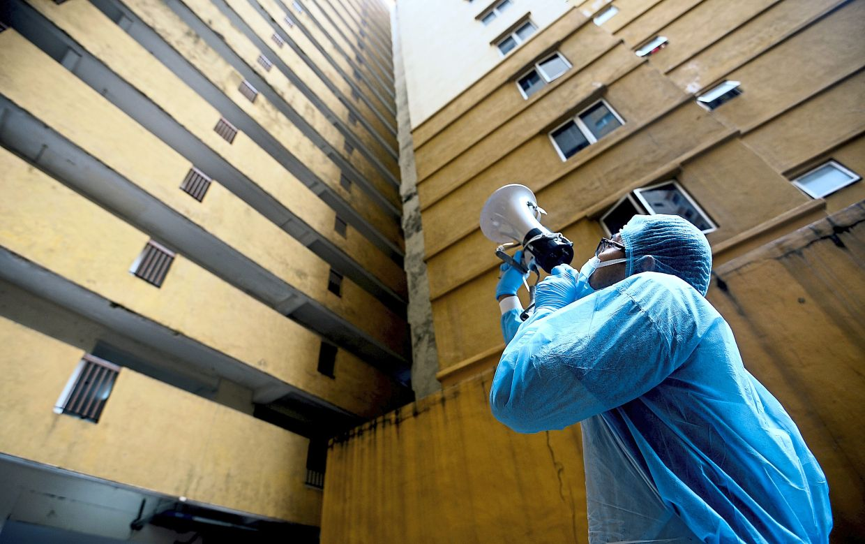 Apartment residents get tests
