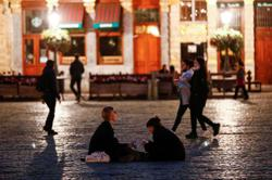 Belgium further tightens COVID measures in bid to avoid lockdown