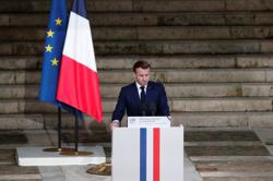 Exclusive: Macron lays ground for netting Brexit compromise on fisheries