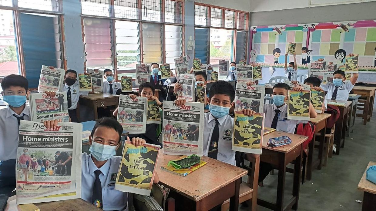 English boost: SK Bandar Tasik Selatan students eagerly working on their Step Up projects.