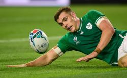 Ireland's Ringrose faces spell out with broken jaw