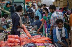 India's festive season spawns fears of renewed Covid-19 surge