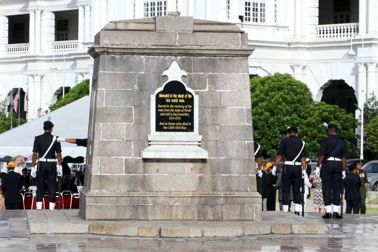 The cenotaph in front of the Ipoh railway station. - Filepic
