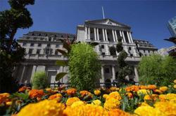 UK regulators considering allowing banks to restart paying dividends