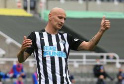 Newcastle's Shelvey to have hernia operation
