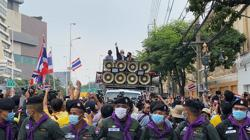 German government warns Thai king not to conduct politics from Germany