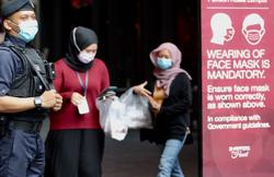 Covid-19: Many still not wearing face masks, says Ismail Sabri