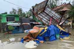 Philippines: Typhoon leaves many missing, displaces thousands as Covid-19 cases surge past 371,000