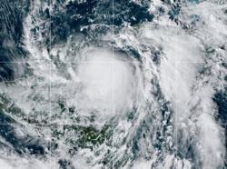 Hurricane Zeta menaces Mexico's Yucatan, sets course for U.S. Gulf Coast - NHC