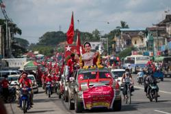 US presses Myanmar leader Suu Kyi for inclusive election