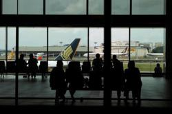 Singapore to allow more travellers to quarantine at home