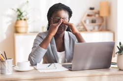Staring at a screen all day? Tips for keeping dry eye at bay