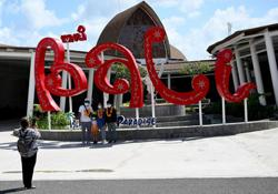 Visitors flock to Bali ahead of long weekend