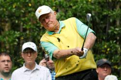 Golfing great Nicklaus endorses Trump for re-election