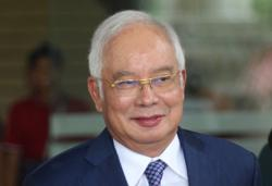 Twitter storm: Najib defends Dr M but says no more social media toys for him