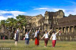 Foreign tourists to Cambodia down 74% in 9 months due to Covid-19