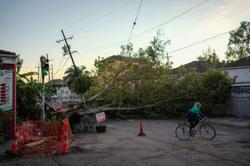 U.S. death toll from Hurricane Zeta rises to six, millions without power