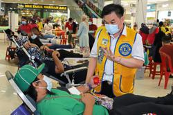 Blood donation at mall quells pandemic fear