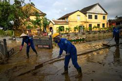 Despite stormy problems, Vietnam attracts US$23.48bil in FDI in 10 months