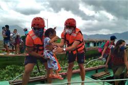 Philippines orders 200,000 to evacuate as Typhoon Goni nears (update)
