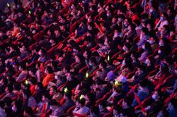 Millions online, 6,000 live see Koreans win top eSports title