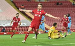 Jota strikes again as Liverpool go top