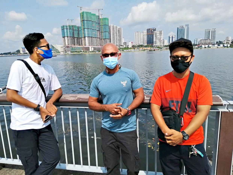 Ezatul's husband Umarul Nazim, Amanda's father Norsyfiq, and Ezatul's sister's husband Jasman are all stuck in Singapore and haven't seen their family members for eight months. Photo: Ezatul Hani