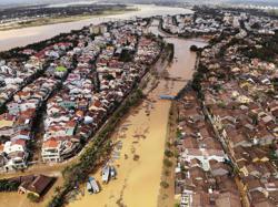 UN, humanitarian partners aid typhoon-hit Philippines, Vietnam; storm may also hit Laos