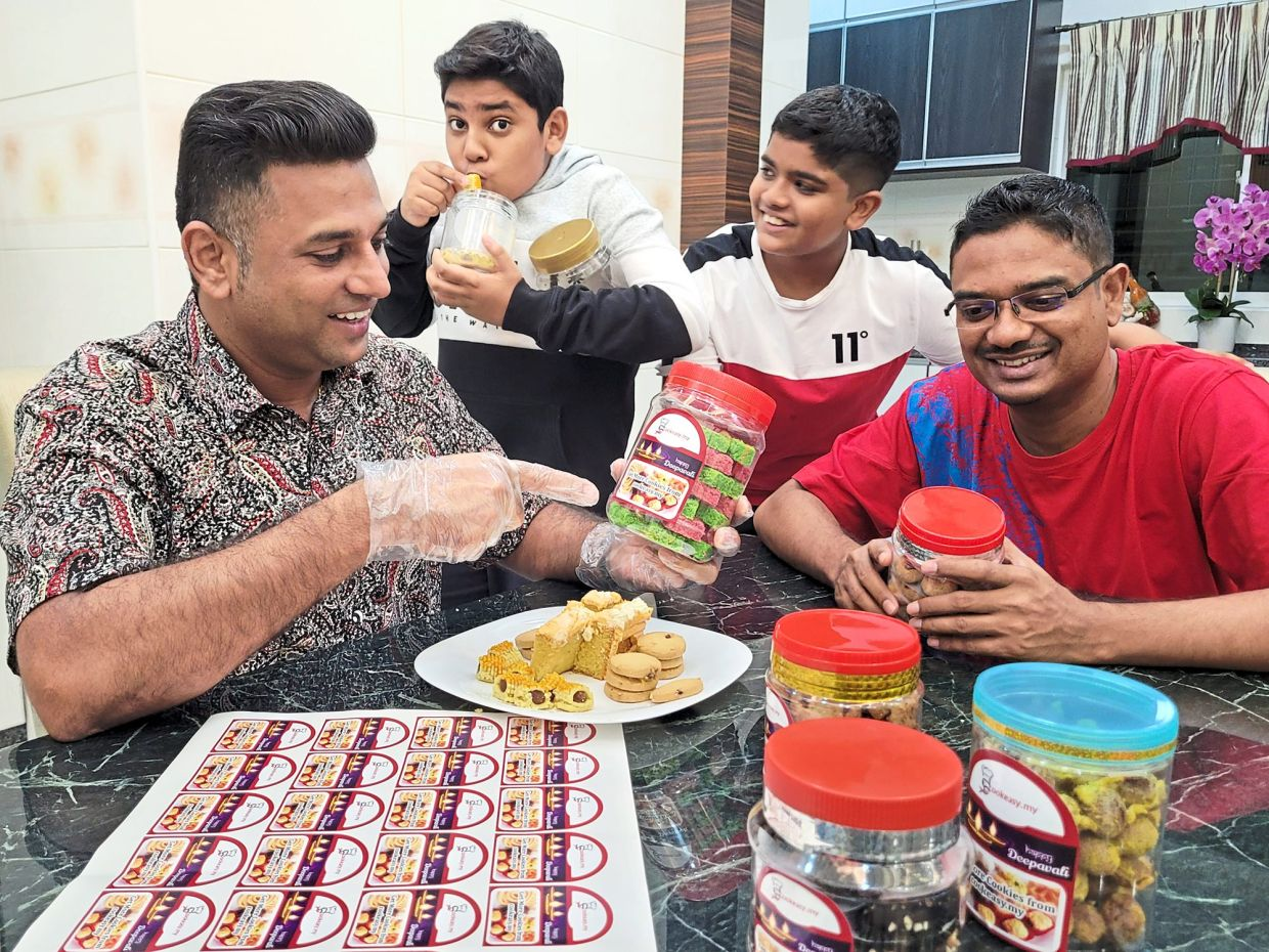 (From left) Tanabalan, Rakhael, Jishnu and Maruthamutu make it a point to have a food-tasting session before they list the food items on their website.