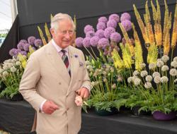 Prince Charles pulls off fashion surprise, praised for the way he dresses