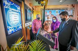 Tour guides for Sarawak mosques to enhance tourism activities