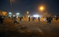 Iraqi forces kill protester, wound 40 in southern Basra - security, rights sources