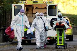 Czech Republic reports 7,722 new coronavirus cases