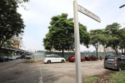 Haphazard parking raises residents' ire