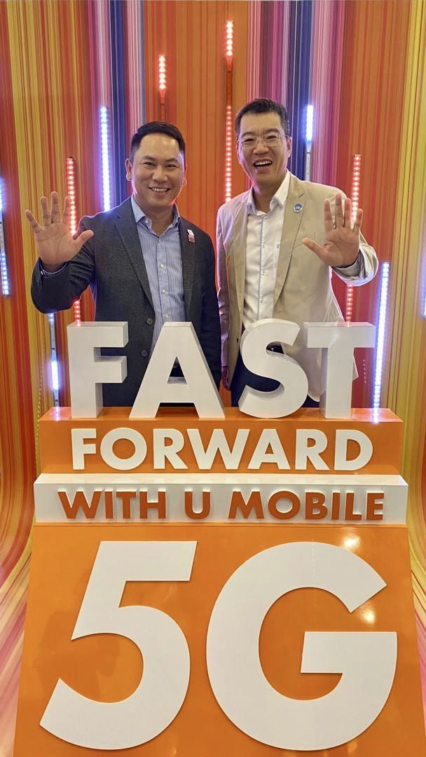 U Mobile chief technology officer Woon and  ZTE chief executive officer Steven Ge Yu Qiao looking forward to paving the way for future 5G.