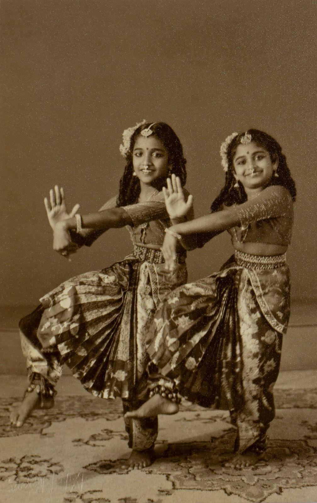 Two young dancers (silver gelatin print, 1970). Photo: Ilham Gallery