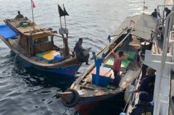MMEA turns away 40 Indonesian fishing boats from Malaysian waters