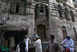 Museum project offers hope for Bollywood stars' dilapidated homes in Pakistan
