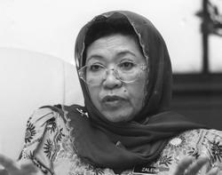 Former national unity community development minister Zaleha Ismail dies