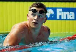 Peaty breaks 100m breaststroke short course world record