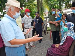 Negri Ruler visits flood victims in two Seremban villages