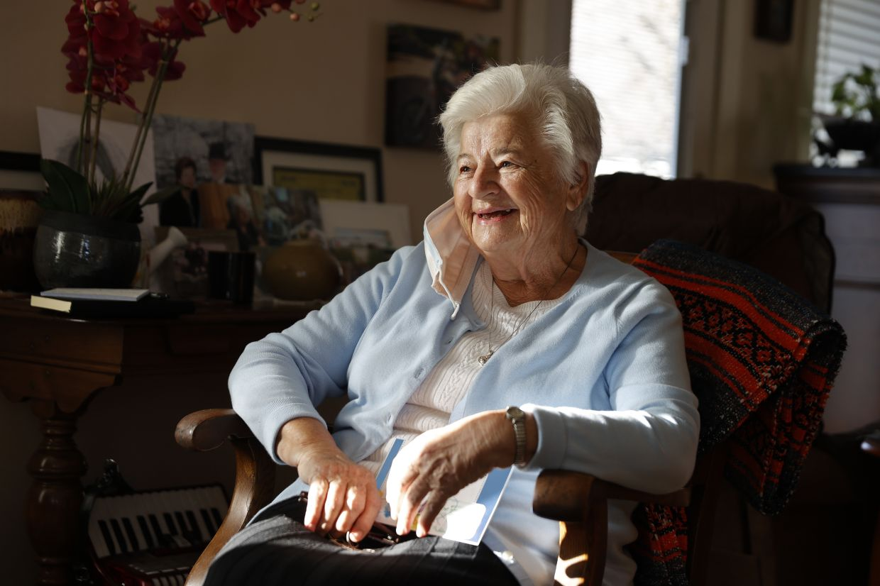 Curtis and her late husband had planted the Netherlands' distinctive national flower for years in honor of her native country, where her family hid children fleeing Nazis in their barn during WWII.