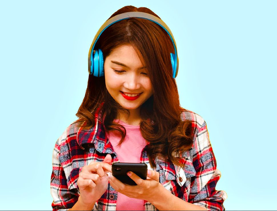 While being online provides opportunities for young people to learn and express themselves, it may also increase their exposure to risks such as cyber bullying or sexual exploitation. Photo: Filepic