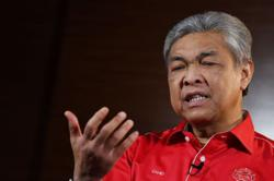 No-confidence motions against PM should be given priority, says Zahid