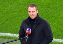 Spotlight on Flick as Bayern prepare to defend league lead
