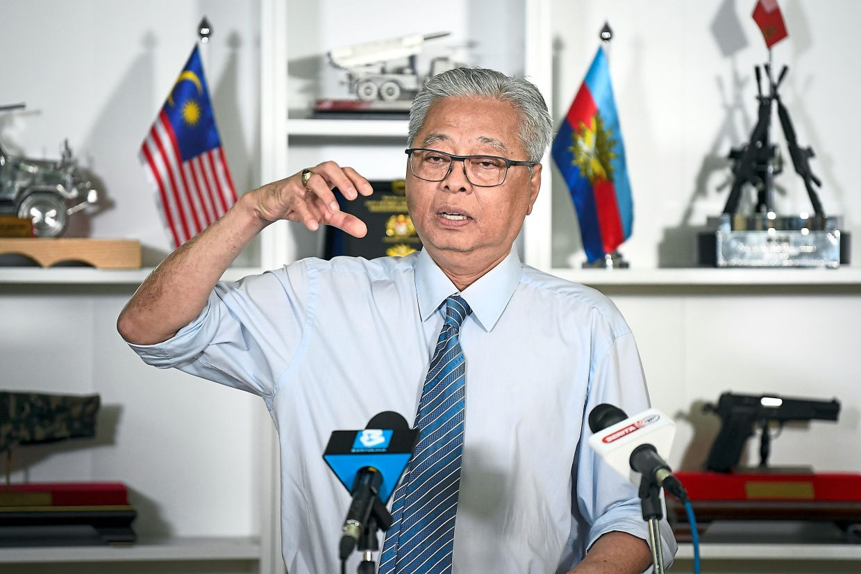 Media briefing: Ismail Sabri informing the press about the conditional MCO imposed on Kelantan beginning today. — Bernama